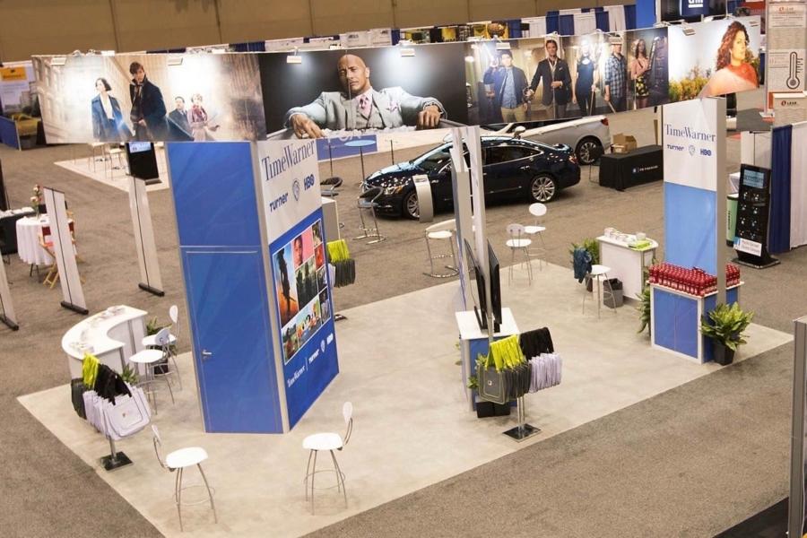 Impressive Trade Show Booth Design Ideas | 21st Century Expo ...